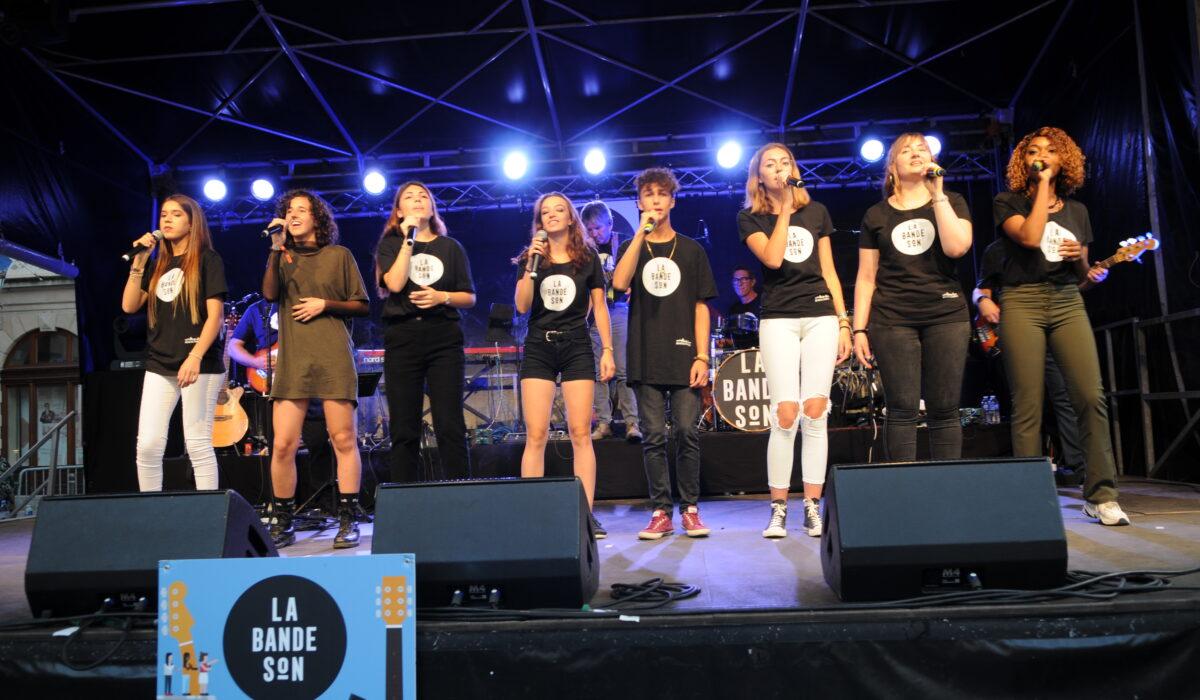 DSC_4335 les chanteurs sans Lila chantent copie